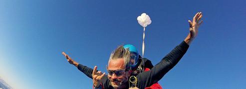 Deux heures pour un baptême de saut en parachute