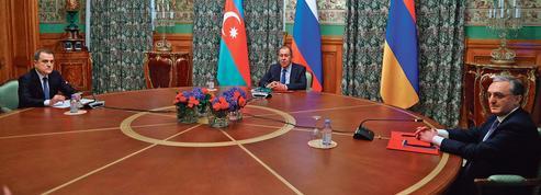 Vladimir Poutine recherche la trêve au Haut-Karabakh