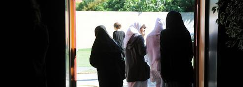 La difficile adaptation des écoles musulmanes aux règles de l'État