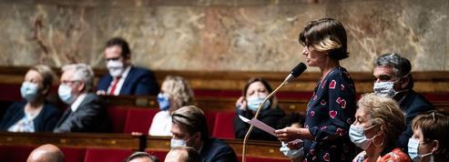 Le groupe parlementaire Agir présente un texte en lien avec Éric Dupond-Moretti
