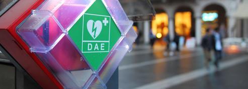 Une étudiante meurt d'une crise cardiaque: l'absence de défibrillateur mise en cause