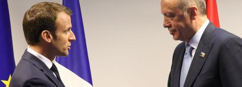 Face à Erdogan, unanimité politique derrière Macron