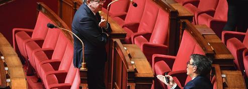 Présidentielle 2022: la gauche critique le candidat Mélenchon
