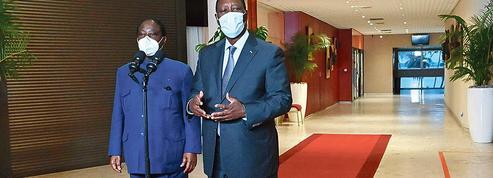 Une délicate médiation de Paris dans la crise ivoirienne