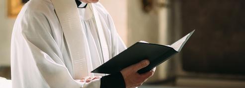 Abbé Pierre Amar: «Le prêtre est mort ... Vive le prêtre!»