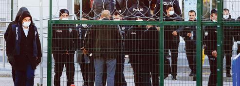 Turquie: lourdes peines pour les putschistes