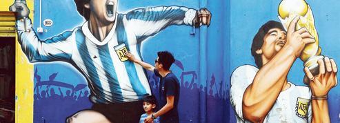 Diego Maradona: les Argentins disent adieu à leur héros