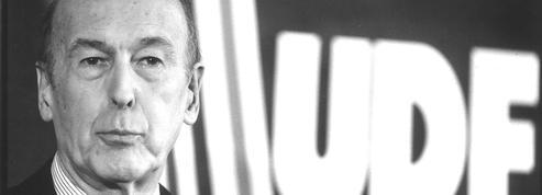 En créant l'UDF, Valéry Giscard d'Estaing réunit (provisoirement) la famille centriste