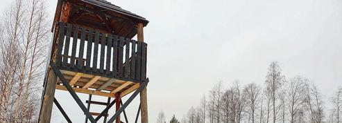 Russie: un faux camp de concentration fait polémique en Carélie