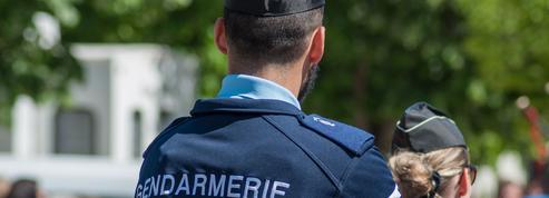 «Hommage aux trois gendarmes morts sous les tirs meurtriers d'un lâche»
