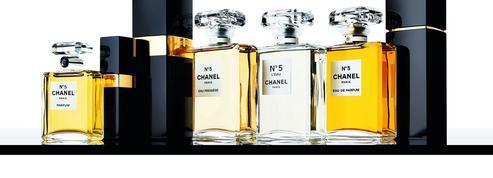 Chanel N° 5, le parfum abstrait d'une femme plurielle
