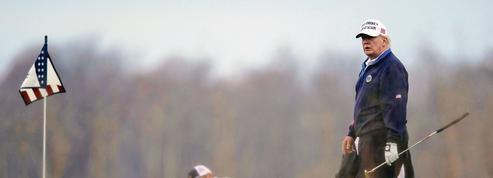 Le golf mondial tourne le dos à Donald Trump, un «tricheur notoire»