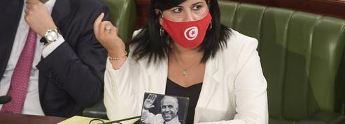Tunisie: les figures de l'ancien régime font leur retour