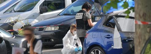 Guerre des gangs: en France, une kalachnikov et deux chargeurs pour 2500euros