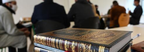 «Charte des principes» de l'islam: un réel progrès ou une simple déclaration sans effet?