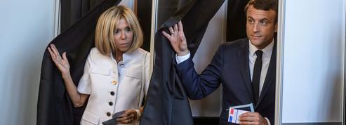 Emmanuel Macron en passe d'enterrer la proportionnelle