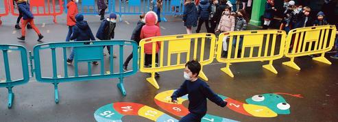 Un an de galère pour des écoles désorientées par la pandémie