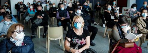 Vaccination contre le Covid: un week-end inédit à 300.000 injections