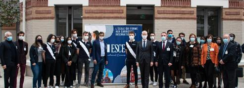 Le ministre Franck Riester aimerait que les étudiants français parlent mieux anglais