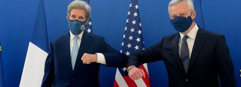 À Paris, John Kerry, l'envoyé de Joe Biden, prône une alliance pour le climat