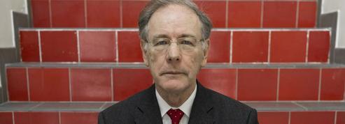 Gérard-François Dumont: «La France paie le démantèlement de sa politique familiale»