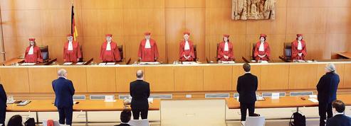 La cour de Karlsruhe suspend la ratification du plan de relance de l'UE