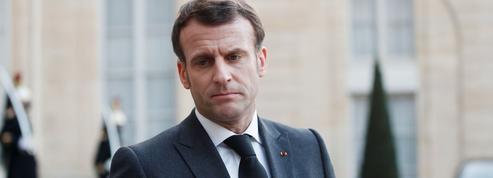 Sondage: la confiance repart à la baisse pour Emmanuel Macron