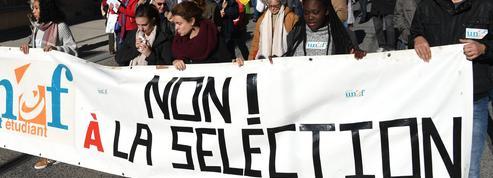 Les syndicats étudiants défendent-ils encore les intérêts des jeunes?