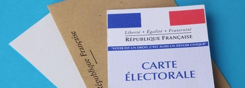 Régionales: le Conseil scientifique évoque l'idée de bureaux de vote en extérieur