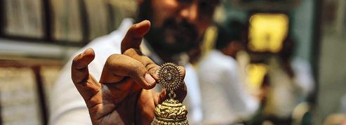 L'Inde se rue sur l'or, plus que jamais valeur refuge