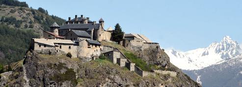 Estimé plus de 2 millions d'euros, ce fort a été vendu 661.000 euros