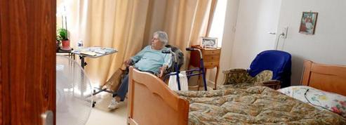 « Le département a payé une part des frais de séjour en maison de retraite de mon père décédé. Peut-il la récupérer sur l'assurance vie dont je suis bénéficiaire? » Bérangère F.