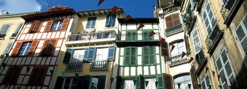 Le Pays basque grogne contre ces parisiens confinés