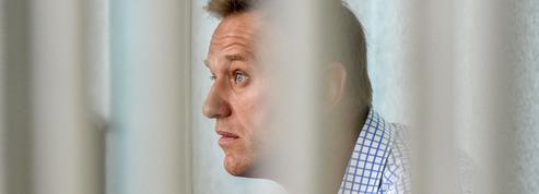 Appel à manifester pour Navalny, dont l'état de santé est critique