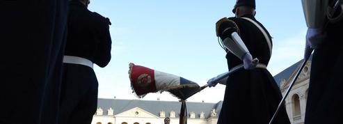 Commémoration de Napoléon: Macron cherche le bon ton mémoriel