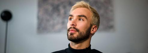 «J'ai découvert mon orientation sexuelle par des insultes»... Le témoignage poignant de la star française du patinage