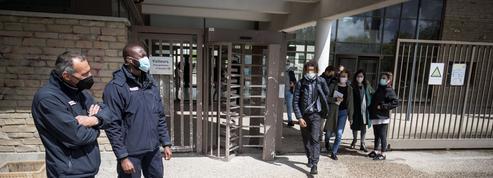 Au lycée Samuel-de-Champlain, des brigades assurent la sécurité des lycéens