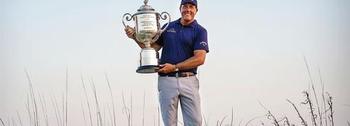 Golf: Phil Mickelson, la cinquantaine rugissante