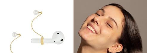 Les bijoux d'écouteurs, signes des temps