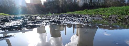 RWE, Deliveroo... Ces entreprises bannies par les assureurs et les banques