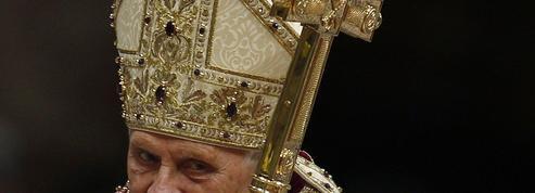 Benoît XVI, un portrait de mauvaise foi sur Histoire TV