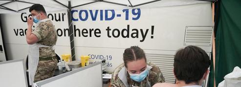 Météo, variants, vaccins: des questions qui restent en suspens concernant la Covid-19