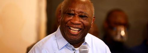 Le retour de Laurent Gbagbo à Abidjan, entre liesse et rancœur