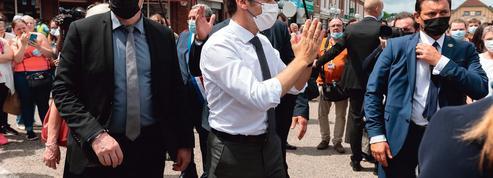Régionales: à dix mois de la présidentielle, un scrutin à hauts risques pour Emmanuel Macron