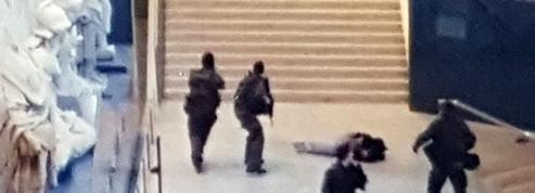 Le procès du terroriste du Carrousel s'ouvre