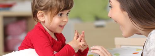 Pajemploi : déploiement de nouveaux services pour les parents qui emploient une nounou