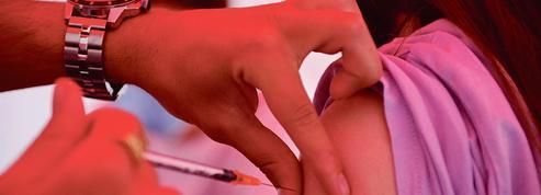 Le gouvernement prépare les esprits à la vaccination obligatoire des soignants