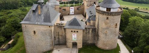 Astérix au château de Malbrouck: irréductibles ambassadeurs gaulois