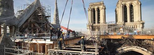 Des passionnés au service de la restauration de Notre-Dame de Paris, se racontent tout l'été dans«Le jour du Seigneur» sur France 2
