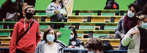 Frédérique Vidal encourage les étudiants à se faire vacciner